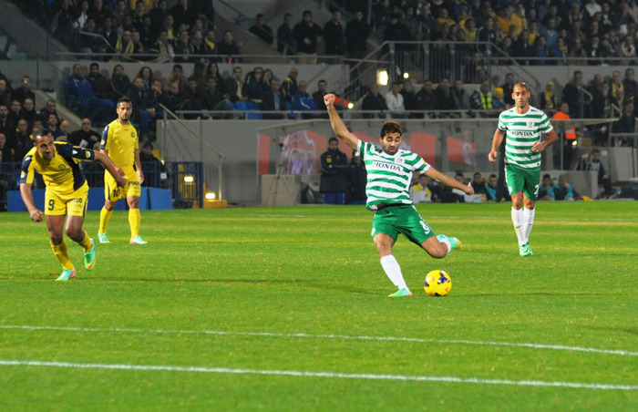 Hen Ezra in action! Courtesy Maccabi Haifa website