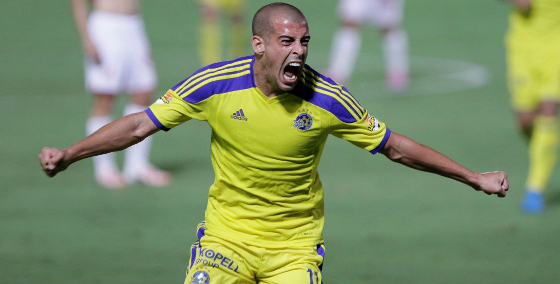 Tal Ben Chaim after his game winning goal-Courtesy Maccabi Tel Aviv Website