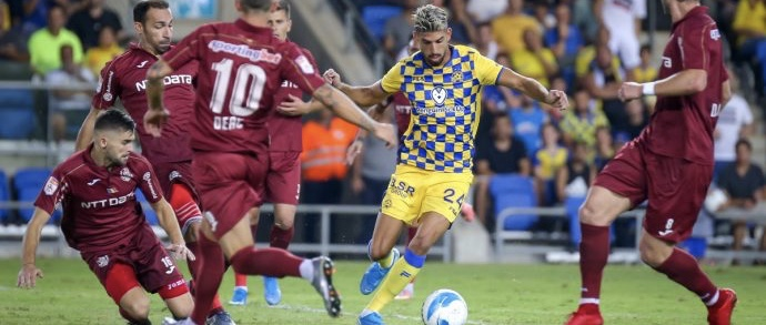 Maccabi eliminated from Champions League, Noah Dickerson Interview, Signings & More! Sports Rabbi Rundown July 30,2019
