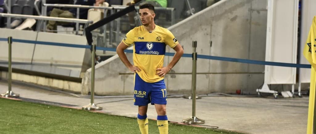 Maccabi Tel Aviv falls 2-1 to Salzburg in Champions League Playoff first leg action