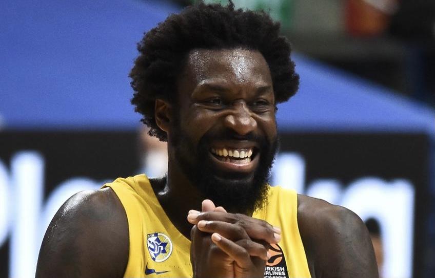 CSKA clip Maccabi 84-80 as late comeback just falls short