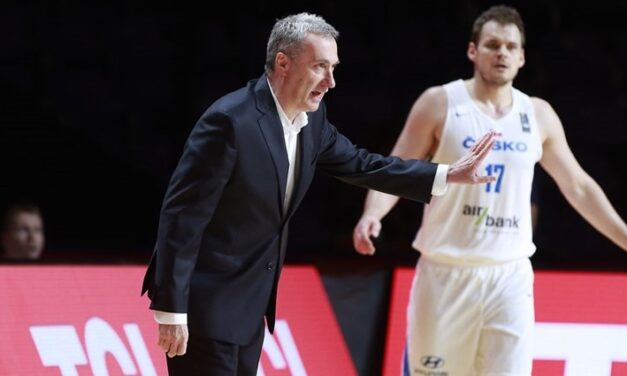 Checking in with Ronen Ginzburg the Czech's Israeli hoops coach ahead of the Olympics